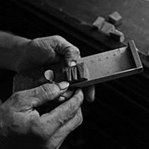 木工雕刻机使用的注意事项