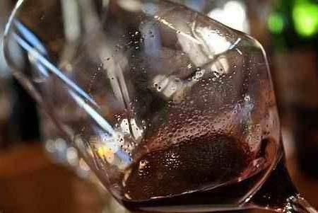 葡萄酒中的沉淀物