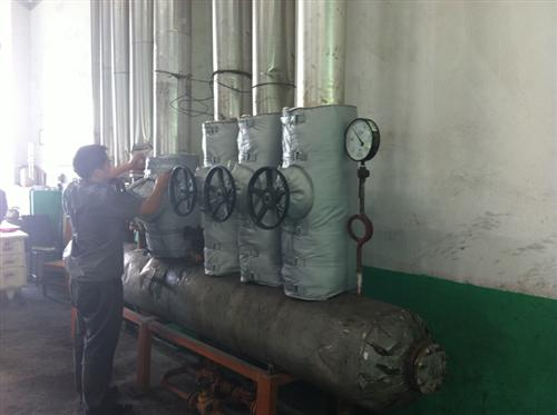 Pipe insulation tanks project installation site