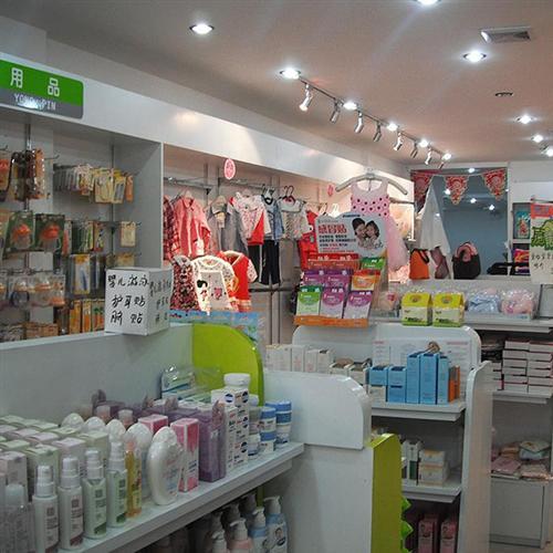 深圳淘沙母婴店货架