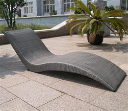 平躺户外躺椅-纯藤制午休躺椅,款式简单
