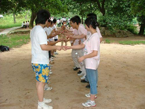东莞松山湖拓展基地趣味团体活动项目