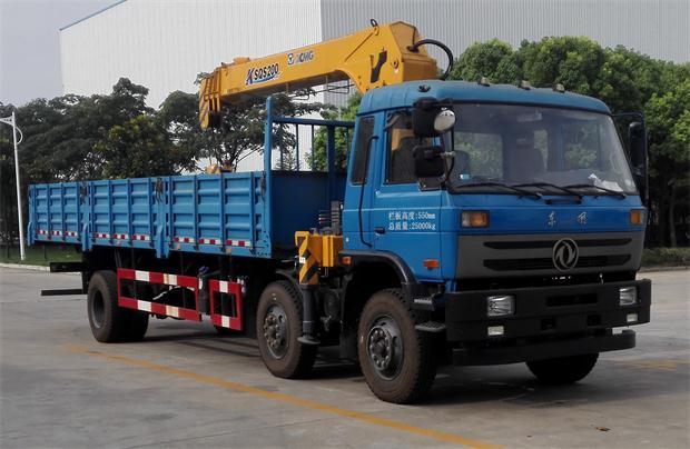 东风前四后四10吨随车起重运输车 12吨随车吊4