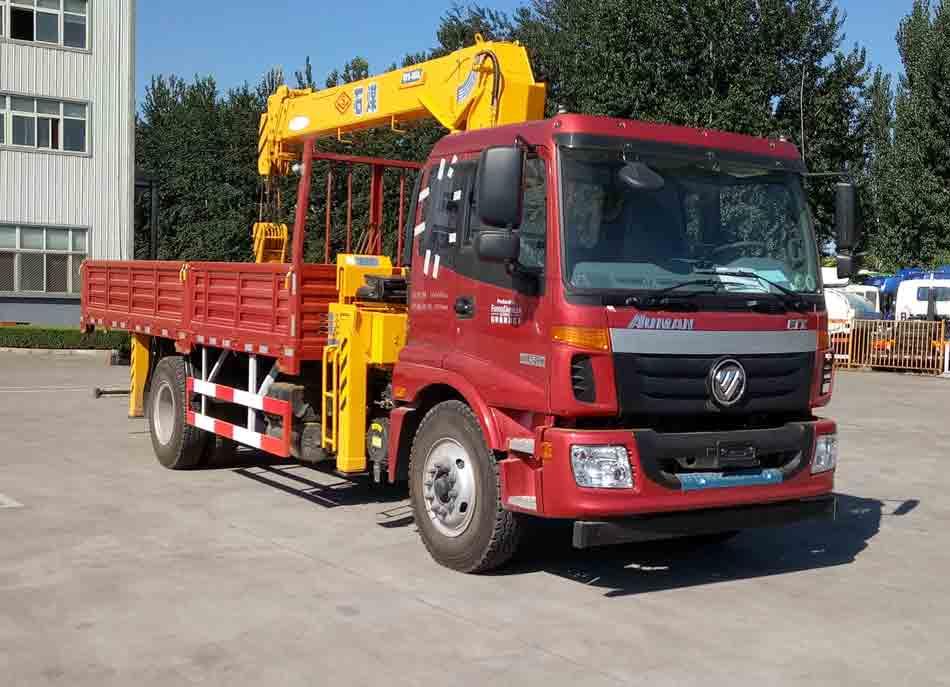 福田欧曼6.3吨随车起重运输车 8吨随车吊2
