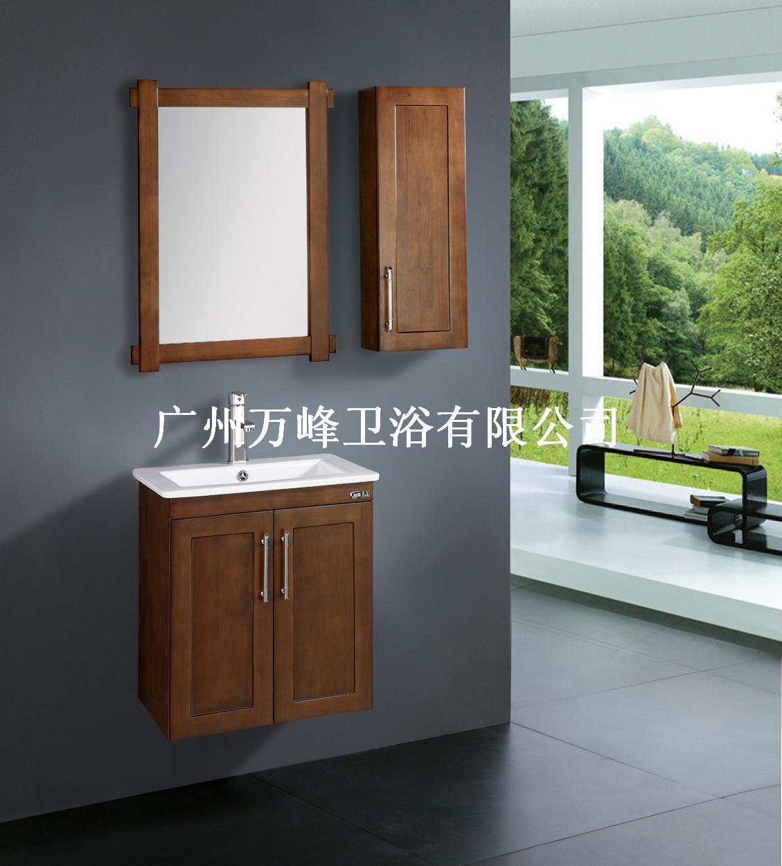 ST-978 浴镜:550*20*750mm 侧柜:250*160*700mm 浴柜:550*460*600mm 图色:黑胡桃 从整体陶瓷台面到柜身,感觉厚重而质朴,严谨又大方;大尺寸整体台面陶瓷盆,使用方便,更易清理;选用进口优质橡木,防水、防潮、不变形,在潮湿的浴室环境中使用,仍可历久常新;所有部件都经过特别的防水防潮处理,可放心在浴室中使用。