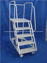 机场不锈钢登高梯专业生产+移动登高梯特价销售=最好物流登高梯厂家销售