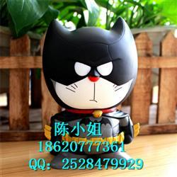 复仇者联盟哆啦A梦机器猫COS蝙蝠侠手办存树脂钱罐汽车摆件玩具