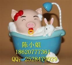 创意礼物树脂工艺品心爱浴缸小猪存钱罐家居摆件可定制