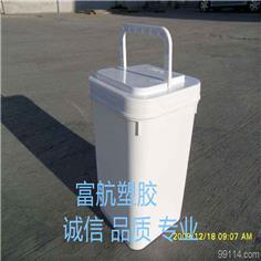 5L-011方形塑料桶