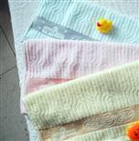 Cotton weak twist patterned 14S/ color line suspended embroidery towel