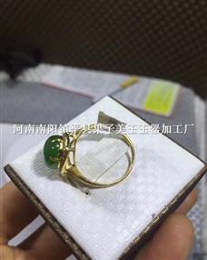 和田玉戒指