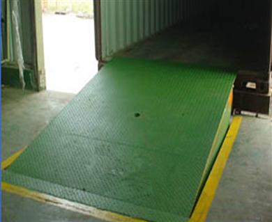 固定登车桥装卸平台6-12吨厂价直销