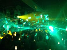 酒吧燈光音響