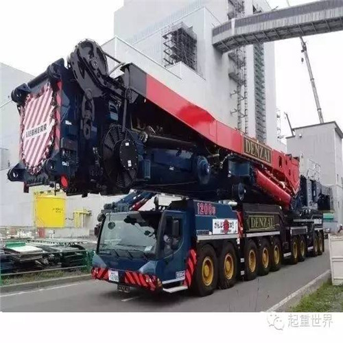 公司吊裝設備-進口大型噸位吊車350T
