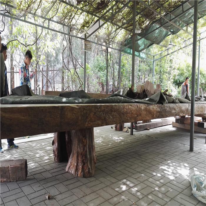 黃花梨搬運就位木材搬運運輸